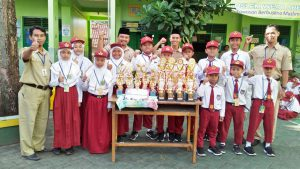 Borong Piala, SD Muhammadiyah Bodon Awali Semester Genap dengan Panen Prestasi